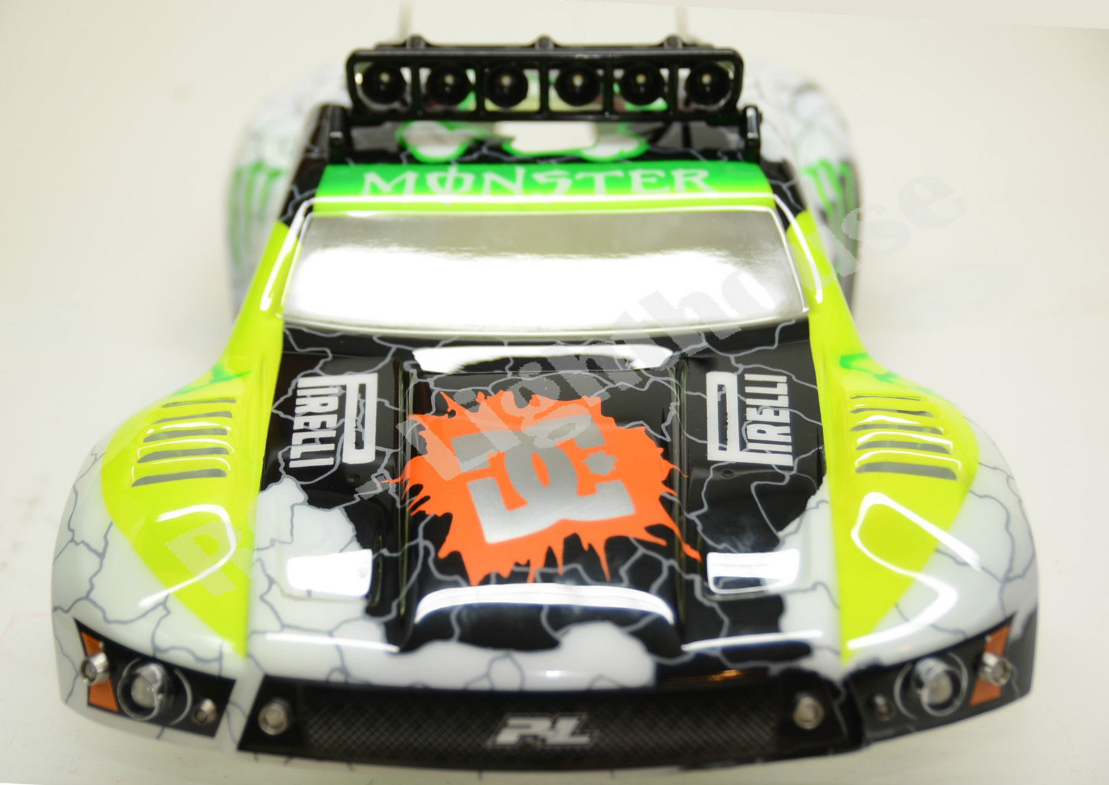 18 traxxas slash 4x4 or 2wd rc10 led light set with rpm light bar 18 traxxas slash 4x4 or 2wd rc10 led light set with rpm light bar aloadofball Gallery